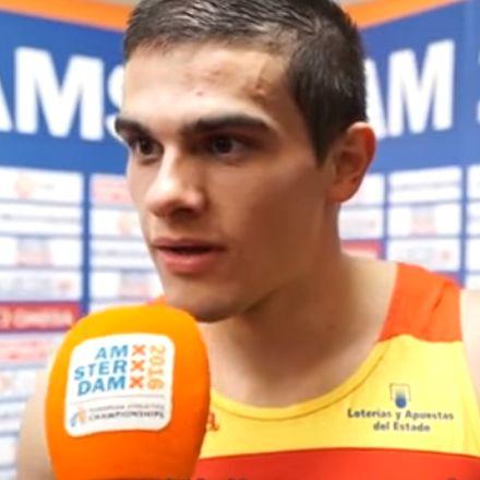 Spaanse atleet hoort tijdens interview dat hij goud i.p.v zilver heeft gewonnen