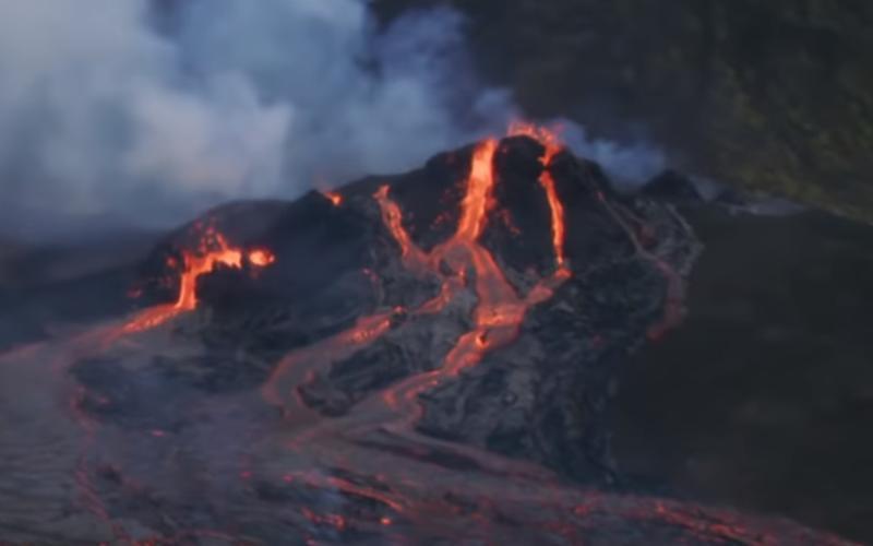 Dronebeelden vulkaanuitbarsting IJsland