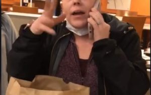 Vrouw belt politie, geen Nacho Fries