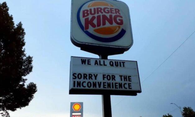 """Medewerkers Burger King: """"We hebben allemaal ontslag genomen, sorry voor het ongemak"""""""