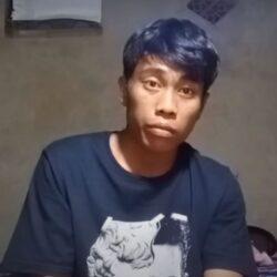 Man post video waarop te zien is dat hij 2 uur niets doet, video gaat viral