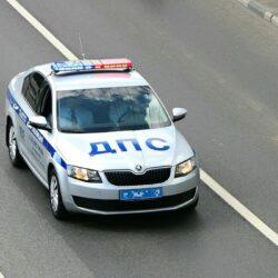 Amerikaanse politie achtervolgt 12-jarige jongen op snelweg, snelheden tot boven de 190 km/u